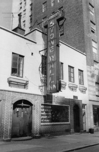 """Stonewall Inn 1969"" by Diana Davies, copyright owned by New York Public Library - Wikipedia:Contact us/Photo submission. Licensed under CC BY-SA 3.0 via Wikimedia Commons - https://commons.wikimedia.org/wiki/File:Stonewall_Inn_1969.jpg#/media/File:Stonewall_Inn_1969.jpg"